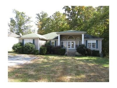 4 Bed 2 Bath Foreclosure Property in Waverly, TN 37185 - Tinnell Station Dr