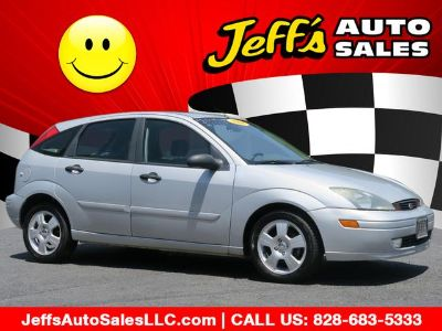 2004 Ford Focus ZX5 (Cd Silver Clearcoat)
