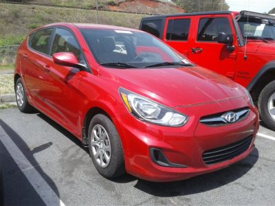 2014 Hyundai Accent GS (Red)