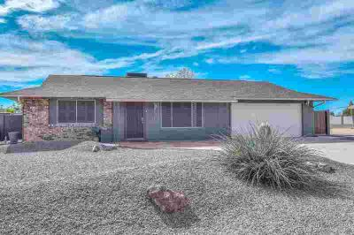 9813 W CASITA Court Sun City Two BR, AMAZING home!