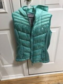 Girls insulated vest with hood