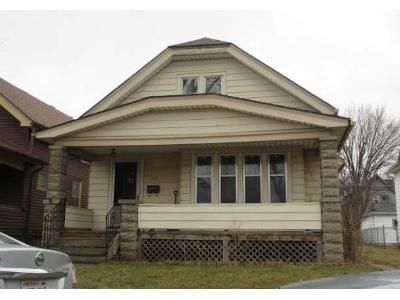 4 Bed 1 Bath Foreclosure Property in Milwaukee, WI 53208 - N 31st St