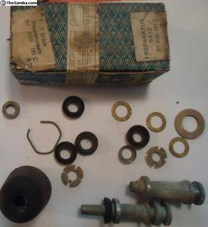 NOS T3 Master Cylinder Rebuild Kit 311 698 181C