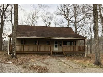 3 Bed 1.5 Bath Foreclosure Property in Burnside, KY 42519 - Stonegate Dr