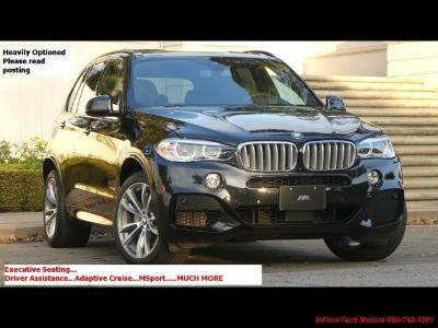 2015 BMW X5 xDrive50i (Black Sapphire Metallic)