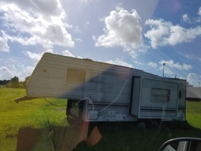 FREE RV..for salvage..jus move