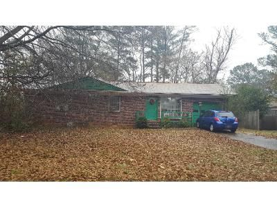 4 Bed 2 Bath Preforeclosure Property in Riverdale, GA 30274 - Homewood Ct