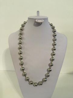 """New 22 """" Large Locking Beads Silver Tone Necklace"""