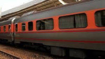 Fastest Service of Train Ambulance Delhi by Medivic Aviation