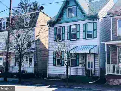 209 Pike St Port Carbon Five BR, This is a great home currently