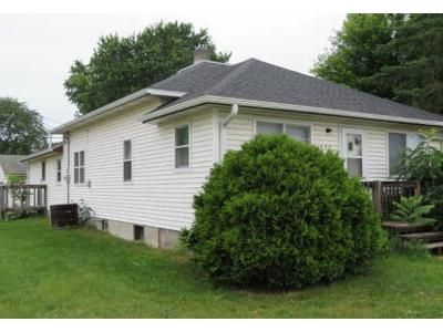 3 Bed 1 Bath Foreclosure Property in Tomah, WI 54660 - W Jackson St