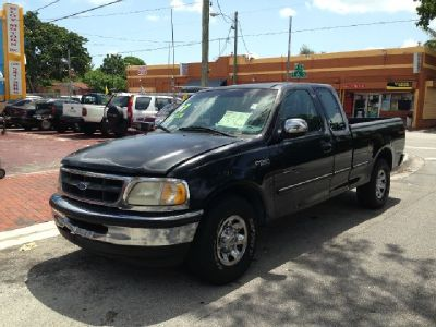 1997 Ford F-250 XLT 3dr Extended Cab SB