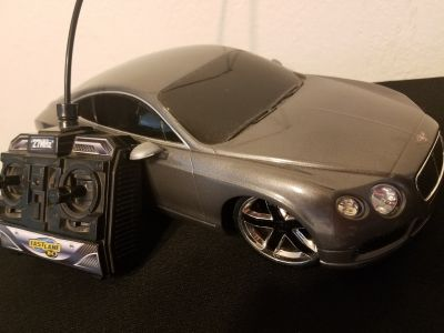 "Fast Lane R/C exotics ""luxury"" car"