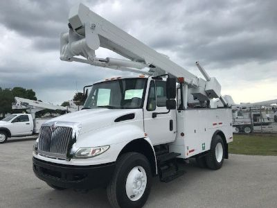 2012 International Bucket Truck Tool Body (White)