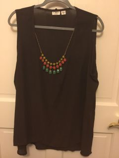Tank shirt with jewelry necklace