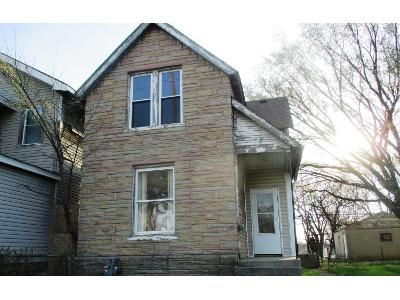 2 Bed 1 Bath Foreclosure Property in Columbus, OH 43223 - S Central Ave