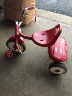 Radio Flyer toddler tricycle!