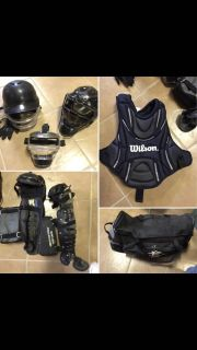 GIRLS SOFTBALL GEAR / CATCHERS GEAR. EVERYTHING YOU NEED DOWN TO THE EASTON ROLLER BAG!