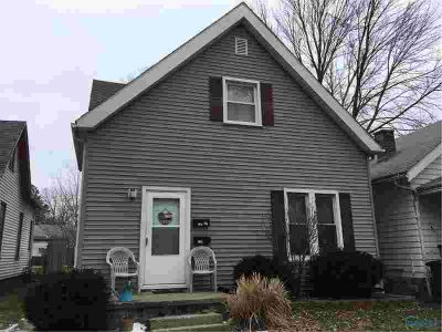 4105 Walker Avenue Toledo, Very nice west duplex.