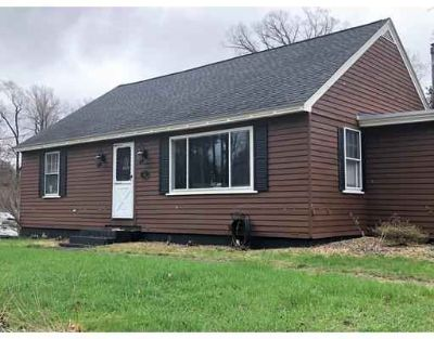 61 Eugene St LEOMINSTER Two BR, Charming ranch located on a