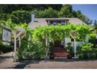 Inn for Sale: The Wine Way Inn