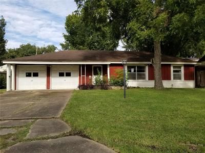 3 Bed 2 Bath Foreclosure Property in Pasadena, TX 77503 - Sherbrooke Rd