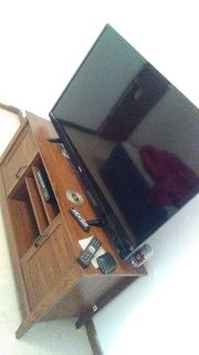 55 inch flat screen with dvd player n stand