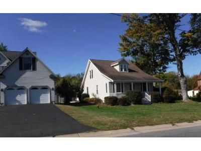 3 Bed 2 Bath Foreclosure Property in Mechanicville, NY 12118 - Hudson River Rd