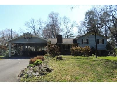 3 Bed 2 Bath Preforeclosure Property in Knoxville, TN 37909 - Park Hill Cir
