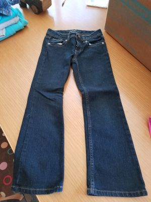 Girls size 6 jordache bootcut Jean's. They have sparkles on them
