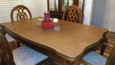 Wood Dining Table w/5 Chairs, Protector and Extension