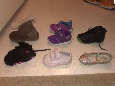 Girls Toddler lot of shoes