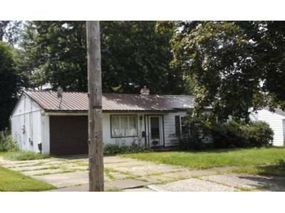 3 Bed 2 Bath Foreclosure Property in Jamestown, NY 14701 - Arden Pkwy