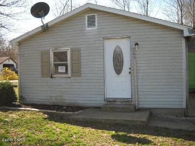 2 Bed 1 Bath Foreclosure Property in Verona, MO 65769 - Old Aurora Rd