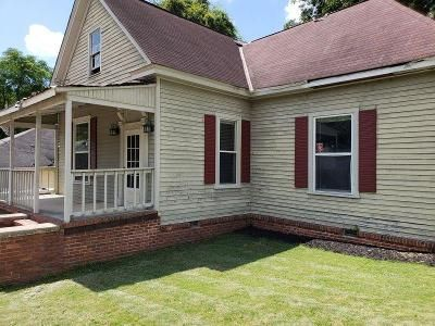 4 Bed 2 Bath Foreclosure Property in Phenix City, AL 36867 - 8th Ave