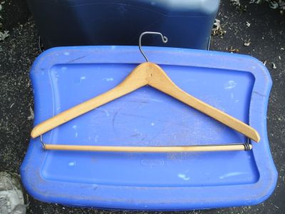25 WOOD CLOTHES HANGERS