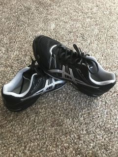 ASICS women s volleyball shoes size 12
