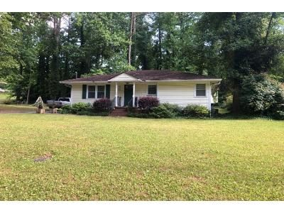 3 Bed 1.5 Bath Preforeclosure Property in Marietta, GA 30062 - Dot St