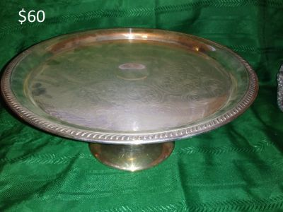 Silver Raised Cake Tray