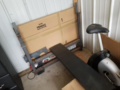 Olympic Weight Bench and Olympic Bar +255 pounds