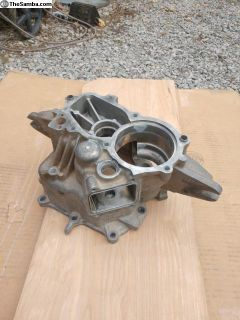 Syncro Low gear housing *good condition*
