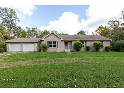 3 Bed 2 Bath Foreclosure Property in Bedford, KY 40006 - R D Kendall Road