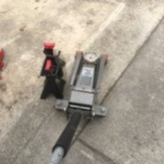 Floor Jack and Jack Stands
