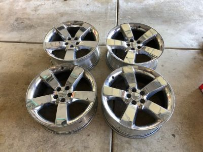Challenger Chrome clad rims and lugs 20x9 (4)
