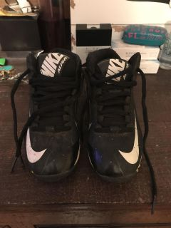 Size 10.5 Nike Tball Cleats
