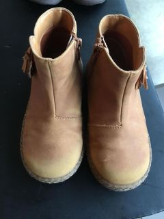Size 10 girls boots