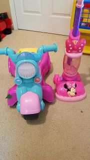 Baby girl Walker and minnie mouse vacuum