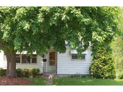 3 Bed 1 Bath Preforeclosure Property in Jefferson, WI 53549 - Wisconsin Dr