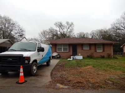 3 Bed 1 Bath Preforeclosure Property in Cartersville, GA 30120 - Lindsey Dr