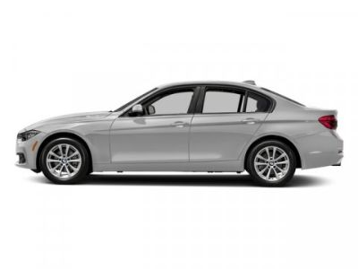 2018 BMW 3-Series 320i xDrive (Mineral White Metallic)